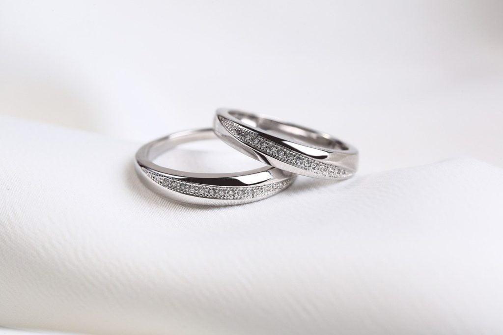 Mariage 2 bagues diamants